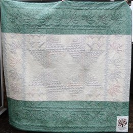 Tessa wedding quilt back