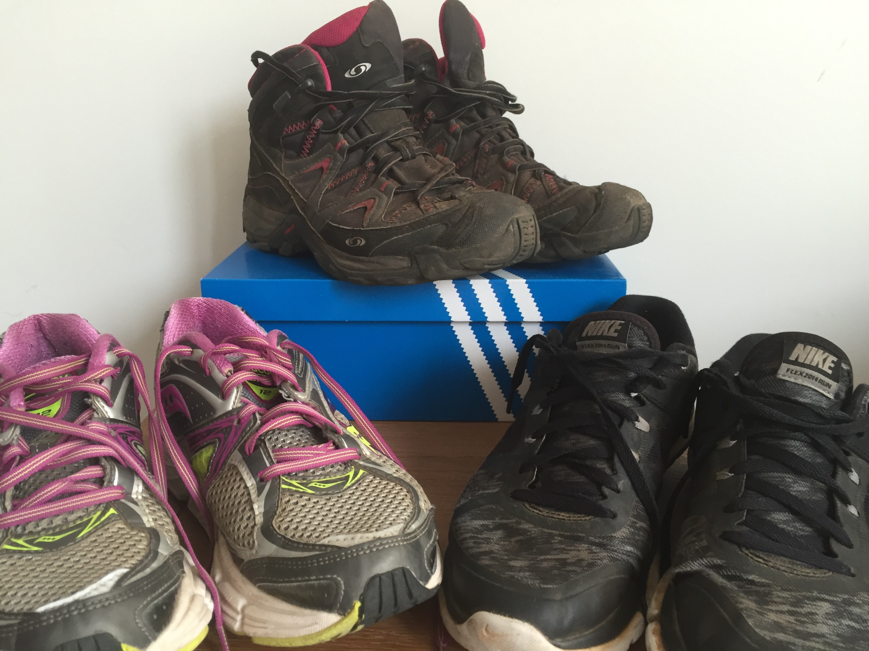 Onwijs De ideale (wandel)schoenen voor op reis - Jantiens ReisStijl PD-19