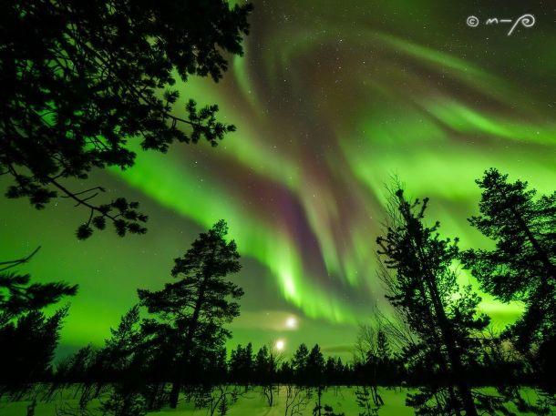 Weergaloos noorderlicht boven Finland, februari 2017 (bron: M-P Markkanen)