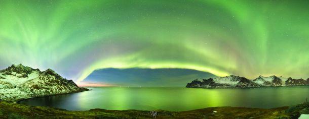 Weergaloos mooi noorderlicht (Aurora Borealis) boven Senja in Noorwegen op 18 maart (bron: Adrien Mauduit).