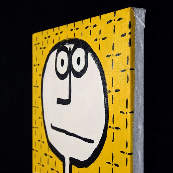 JAO Art figure with long neck and yellow background
