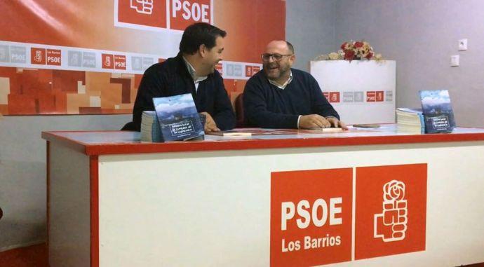 Ramírez Tocón  con Salvador Puerto en la Casa del Pueblo