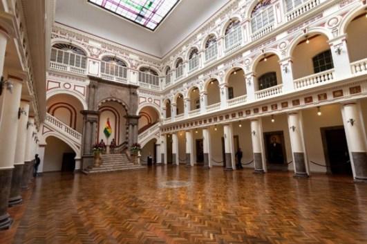 12-palacio-gobierno-580x386