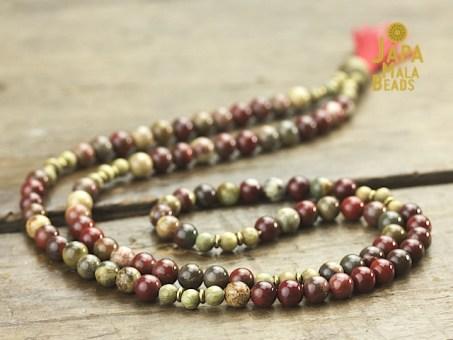 Apple Jasper and Green Sandalwood Full Mala Beads
