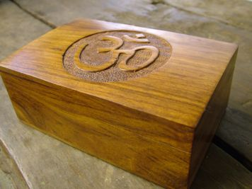 Carved Simple Om Mala Box