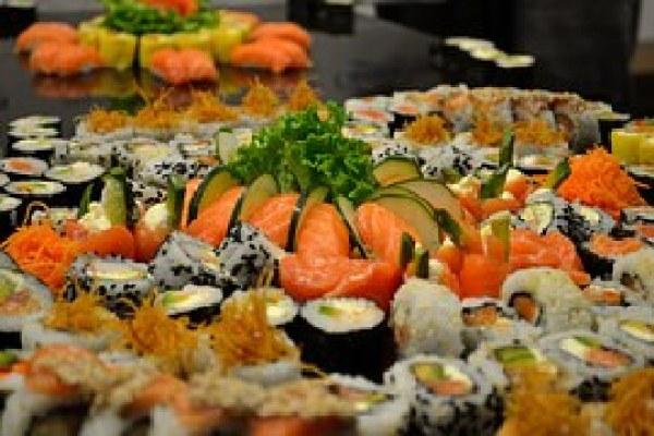 sushi-596930__180