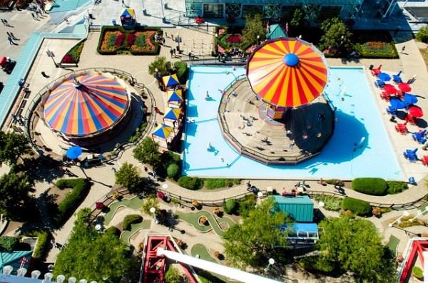 amusement-park-1209681_640
