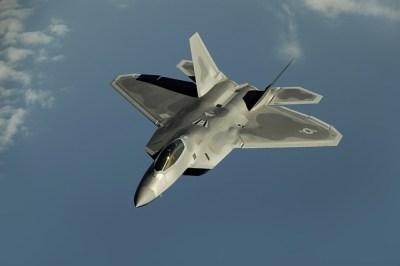 F22戦闘機