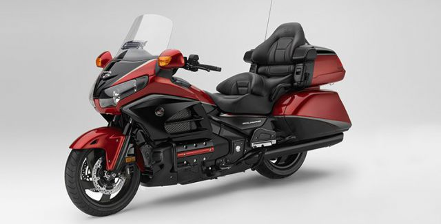 2018 Honda Goldwing front