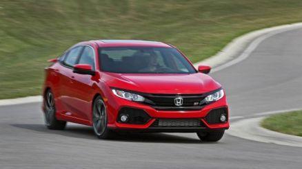2019 Honda Civic-Si Sedan front