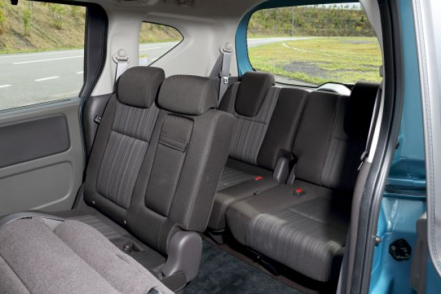 2019 Honda Freed seats