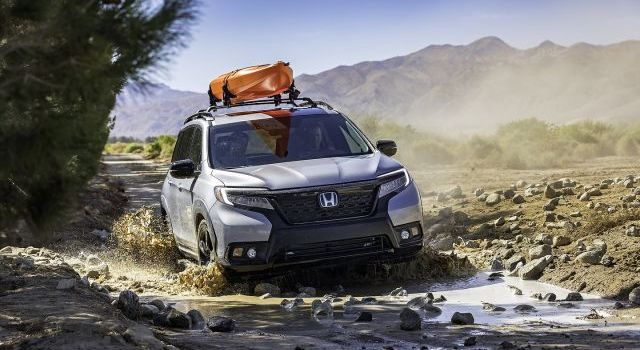 2020 Honda Passport front