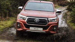 2020 Toyota Hilux front
