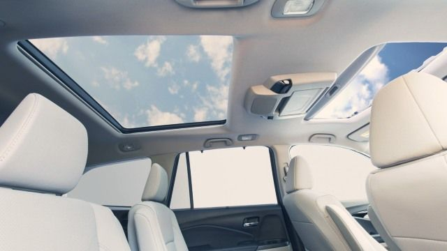 2020 Honda Pilot Hybrid cabin look
