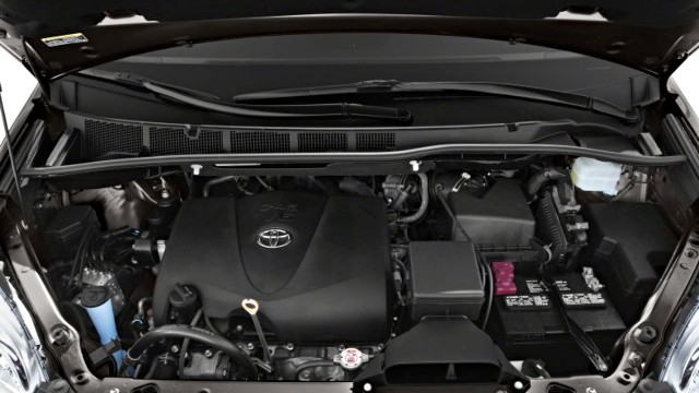 2020 Toyota Sienna Limited Premium engine