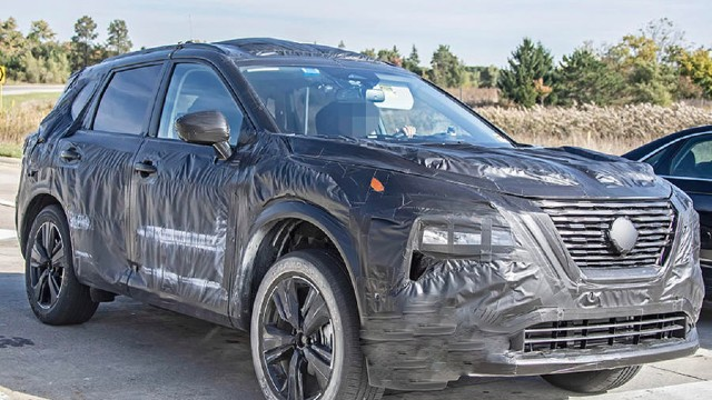2021 Nissan X-Trail spy shots