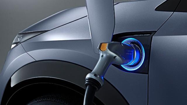 2021 Nissan Ariya charging