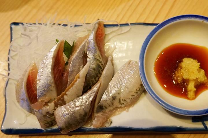 Banpaiya 晩杯屋 Sardine sashimi いわし刺し