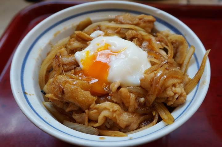 Pork Bowl AKADON 焼肉スタミナ赤丼 中華食堂一番館