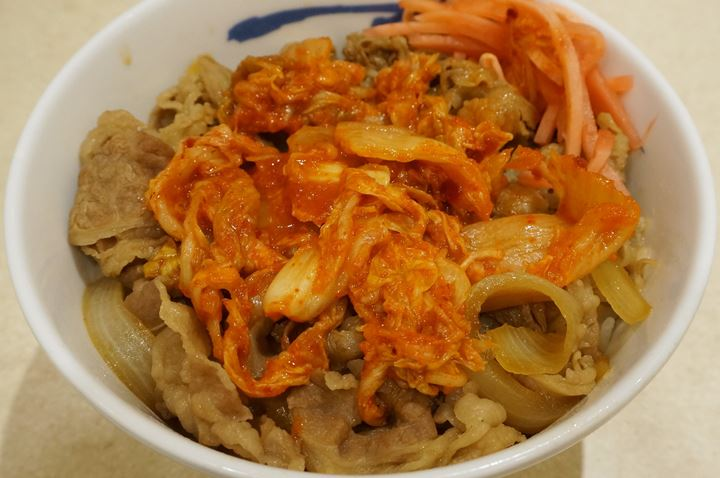 Gyumeshi Beef Bowl (Beef on Rice) Topped with Kimchi 牛めし (牛丼)キムチ - Matsuya 松屋