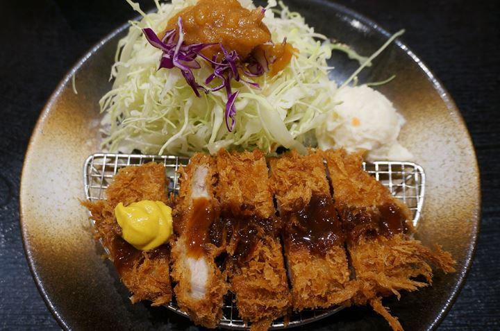 Pork Cutlet - とんかつ 松乃屋 (松のや) Tonkatsu Matsunoya