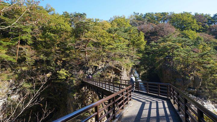 Ryuokyo Ravine 龍王峡 - Nijimibashi Bridge 虹見橋