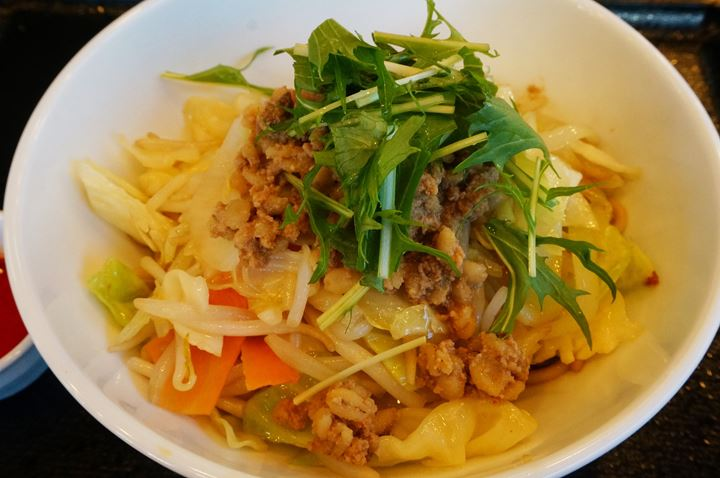 Soupless Noodle with Spicy Sauce まぜ辛めん - リンガーハット RingerHut