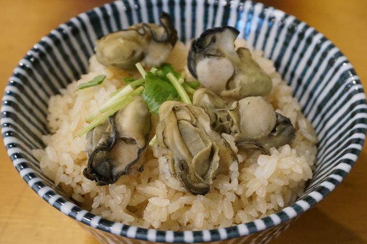 Oyster Izakaya Restaurant TOBIUME かき小屋 飛梅 神田西口店 かき飯