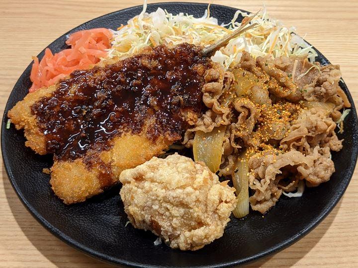 Beef Fried Chicken Horse Mackerel Meal 牛・から・アジフライ定食 YOSHINOYA 吉野家