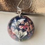 和風ネックレス 折り鶴と扇子と夜桜