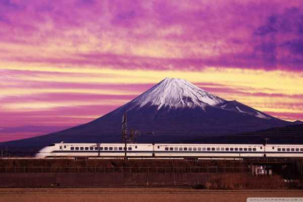Video Diary: Lunching on the Shinkansen