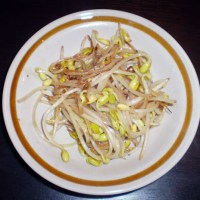 Moyashi itame: Stir Fried Sprouts