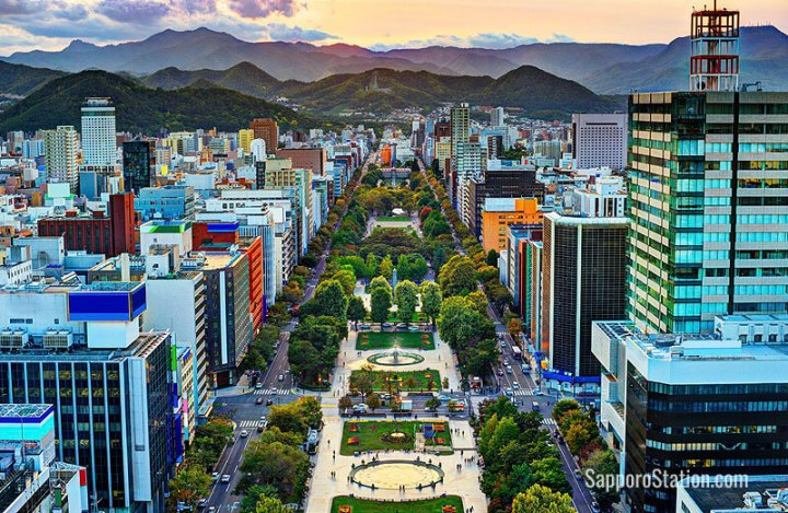 Tempat Wisata di Sapporo Jepang Odori PArk