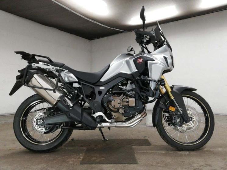 honda-bike-crf1000l-africatwin-2015-silver-70312365413-1