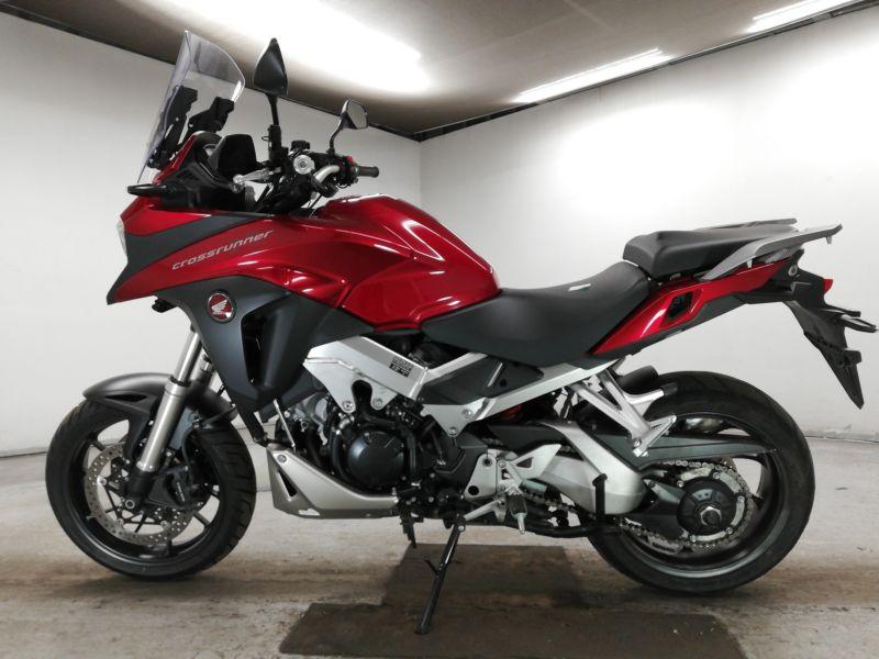 honda-bike-vfr800x-red-70312365499-2