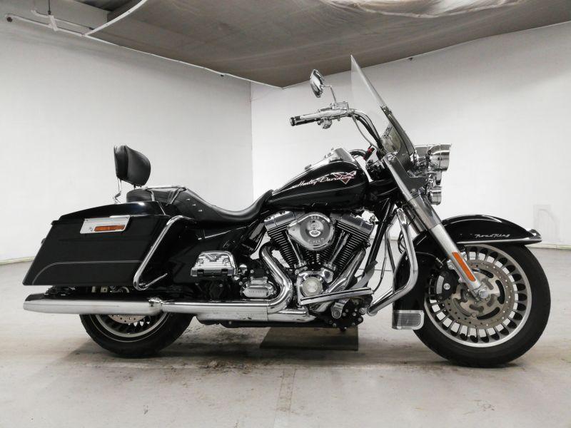 harley-bike-flhr1580-black-70312365474-1
