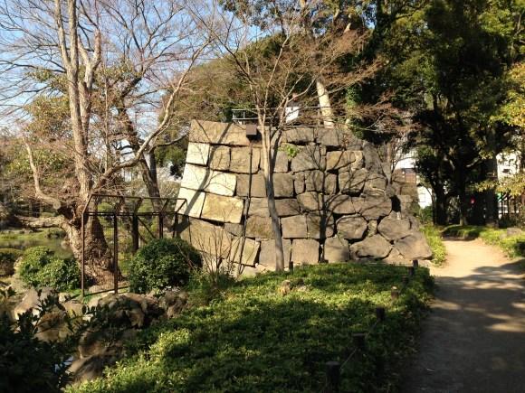 hibiya-mitsuke moat