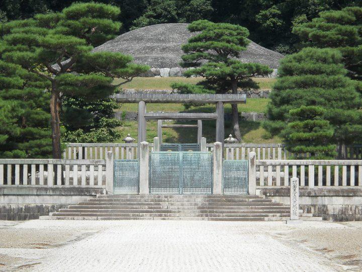 The Meiji Emperor's grave