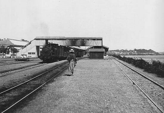 Shinagawa_Station_circa_1897