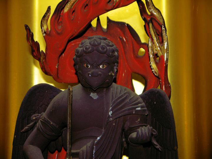 Akiha Daigongen is actually a Buddhist name. This kami's original Shinto name is Hinokagutsuchi-no-Okami. Try saying that 3 times fast.