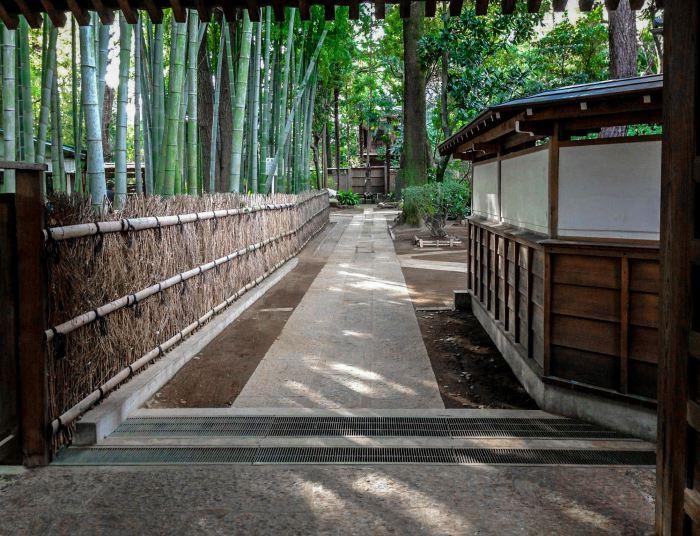 ikegami park tokyo tour guide japan