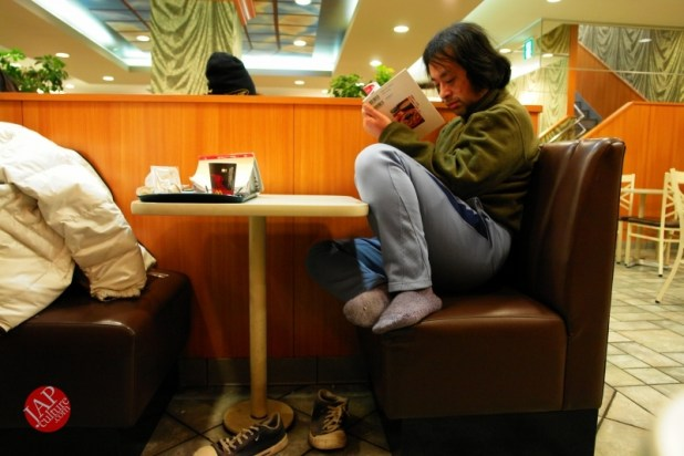 Struggle with MacDonald's uncomfortable chair, its Challenge to marketing strategy (2)