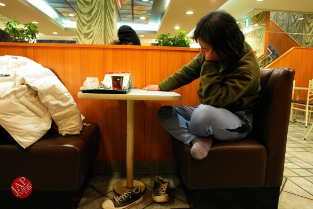 Struggle with MacDonald's uncomfortable chair, its Challenge to marketing strategy (4)