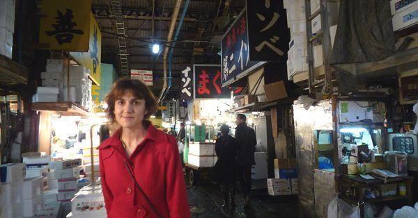 Antiguo mercado de pescado de Tsukiji (Tokio) que visitamos en el otoño de 2010
