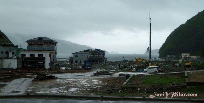 Nuestra visita a Tohoku para ayudar en las labores de reparación de los daños del terremoto y el tsunami del 11 de marzo de 2011