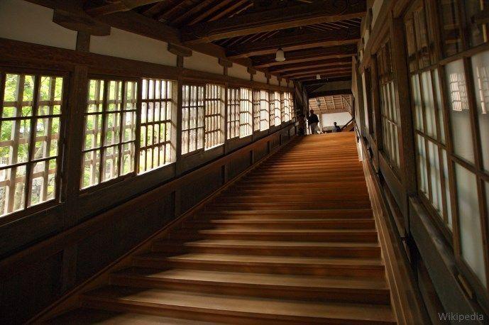 Pasadizos de Eihei-ji, un templo secreto del budismo zen oculto cerca de Fukui (Japón)