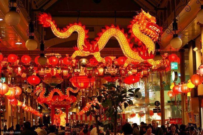 Festivales de Japón: el Festival de lasLinternas de Nagasaki(長崎ランタンフェスティバル), un famosísimo evento anual. La celebración japonesa del Año Nuevo chino