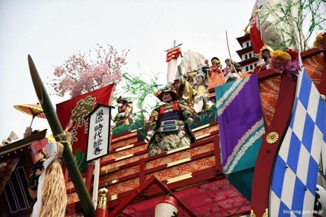 Muñecos karakuri del Hitachi Sakura Matsuri (日立さくらまつり) o Festival de los Cerezos, celebrado en Hitachi (Ibaraki) en abril