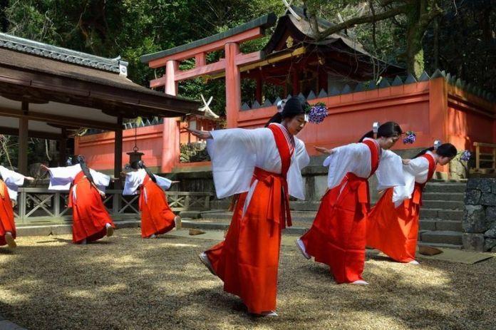 Festivales de Japón: Kasuga Wakamiya On Matsuri, en Nara