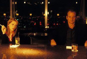 """Encuentro de Scarlett y Bill en el Park Hyatt de Tokio. """"Lost in Translation"""" (Sofia Coppola, 2003)"""